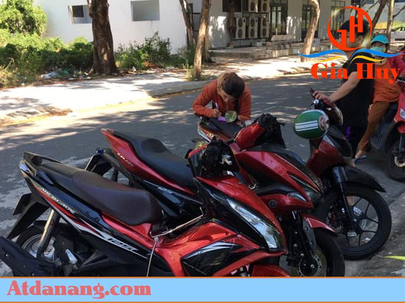Thuê xe máy gần ga Huế – Anh Tiến