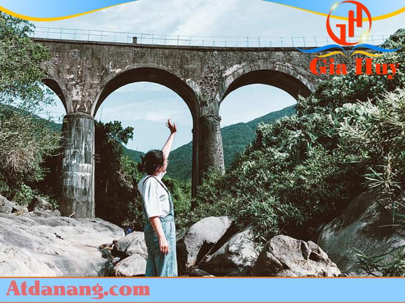 Cầu Vòm Đồn Cả ở đà nẵng