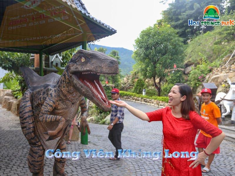 cao đến hơn 30m công viên khủng long