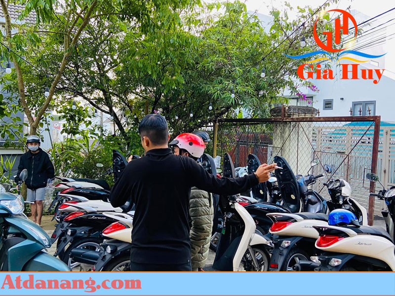 Thuê xe máy giao tại Ga Đà Lạt