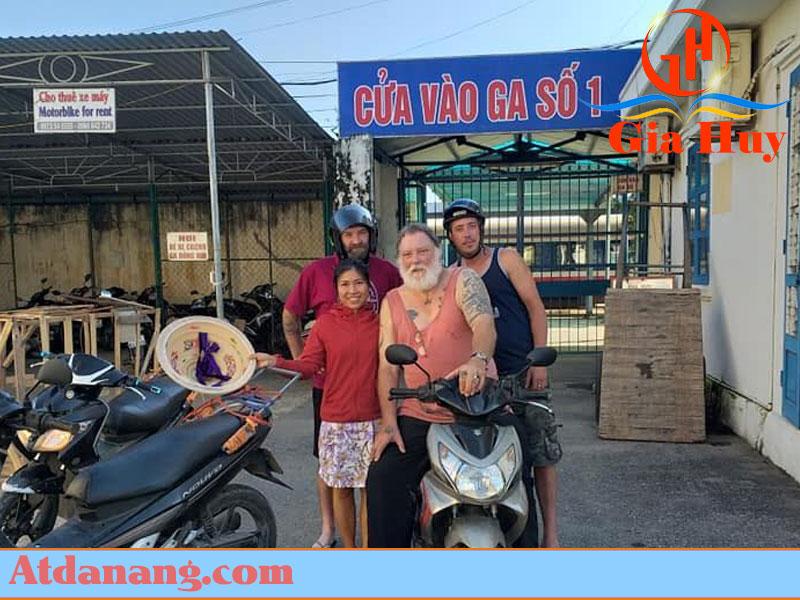 Thuê xe máy giá rẻ - Nhà nghỉ Nhất Long
